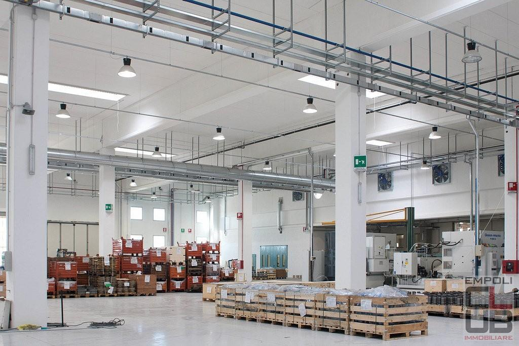 Capannone industriale in affitto commerciale a Empoli (FI)