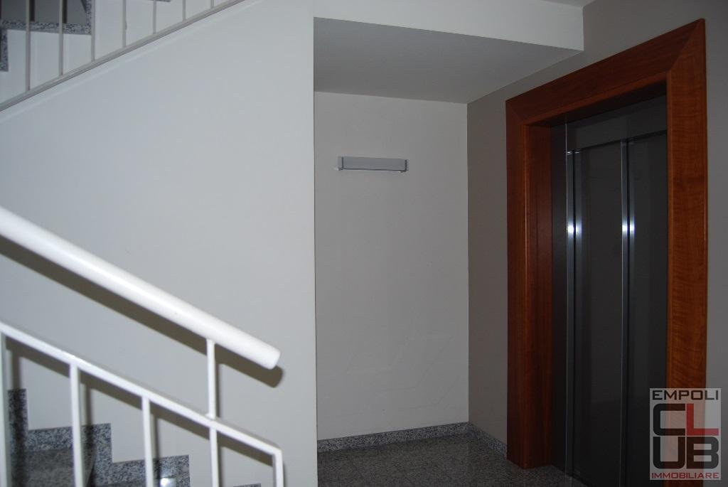 Appartamento in affitto, rif. F/0438