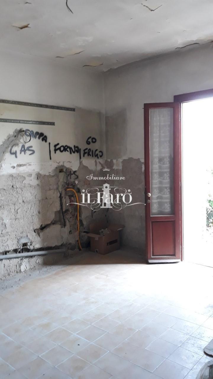 Casa semindipendente in vendita, rif. 5385