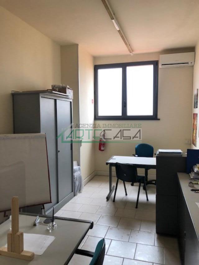 Ufficio in affitto commerciale, rif. AC6994