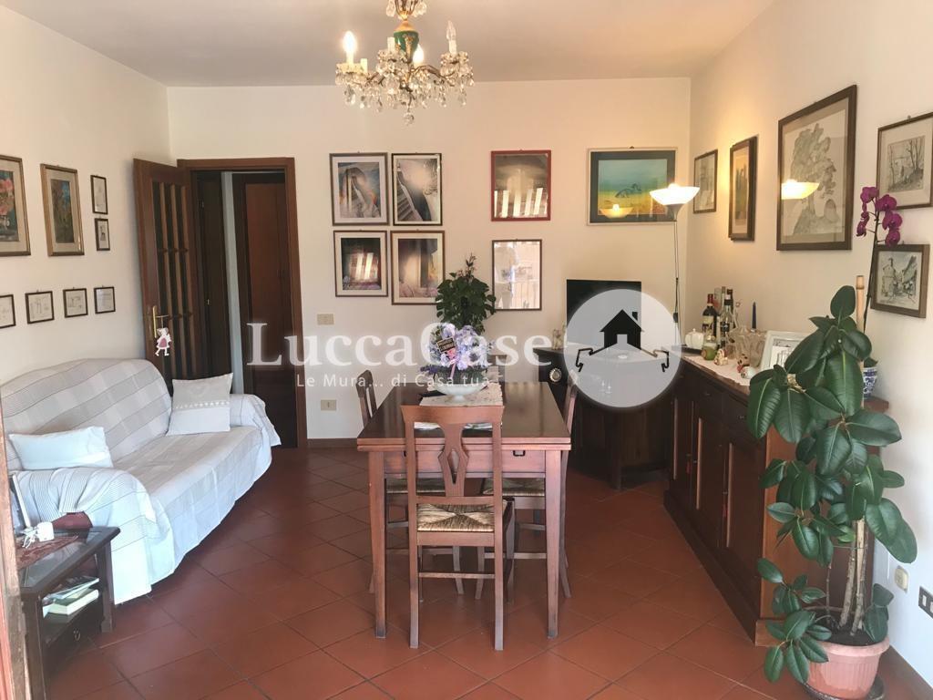 Appartamento in vendita, rif. E076J