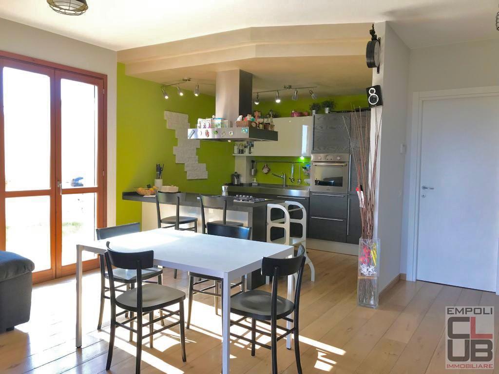 Appartamento in vendita, rif. F/0444