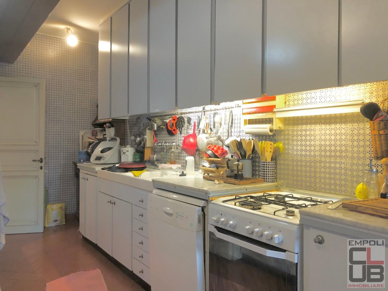 Appartamento in vendita, rif. F/0445