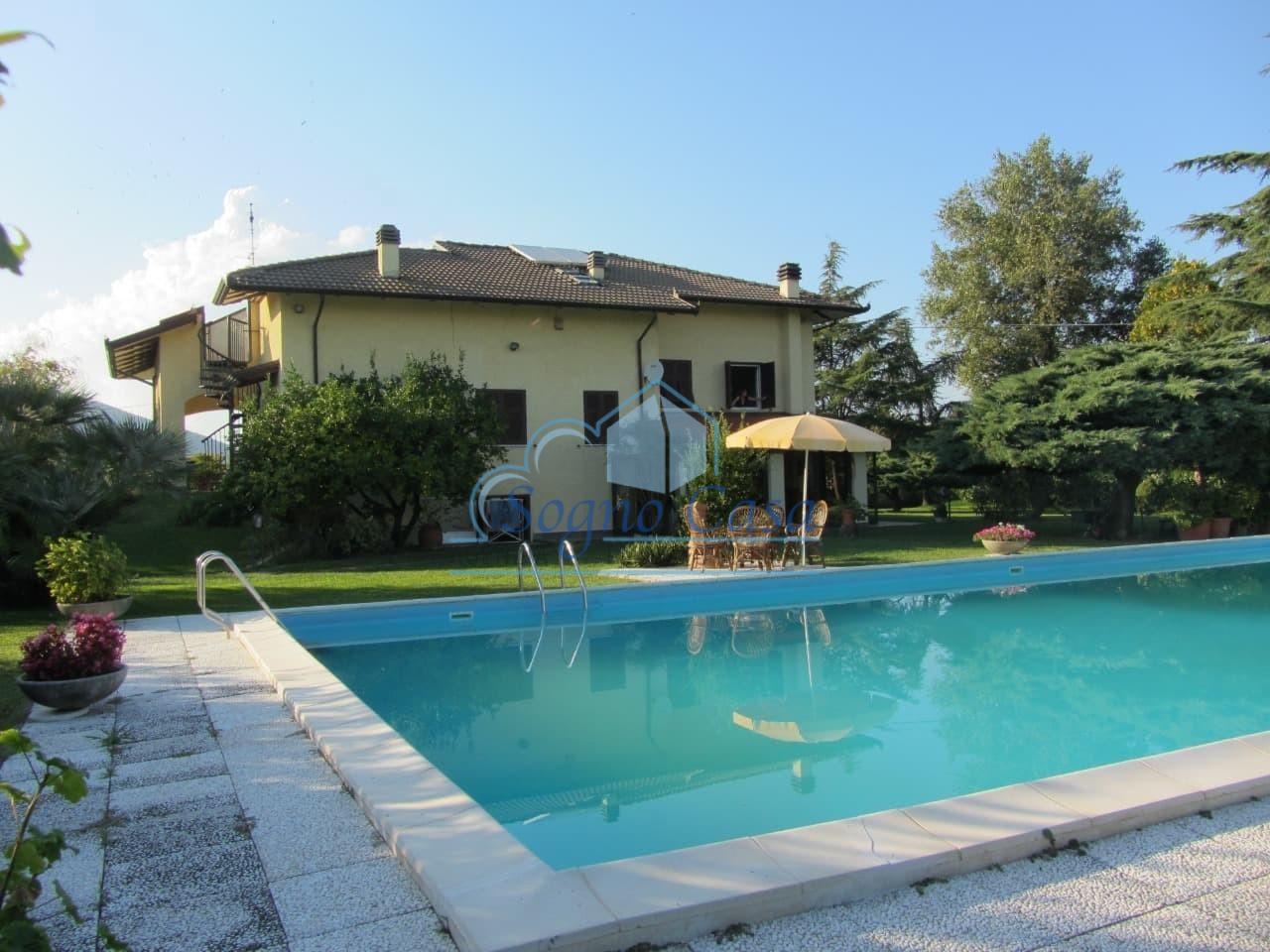 Villa singola in vendita a Ameglia (SP)