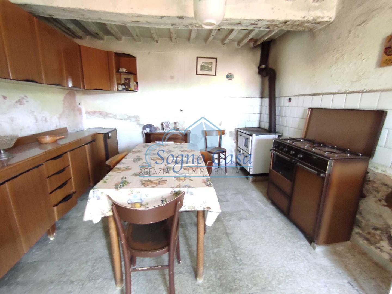 Casa semindipendente in vendita, rif. 107104