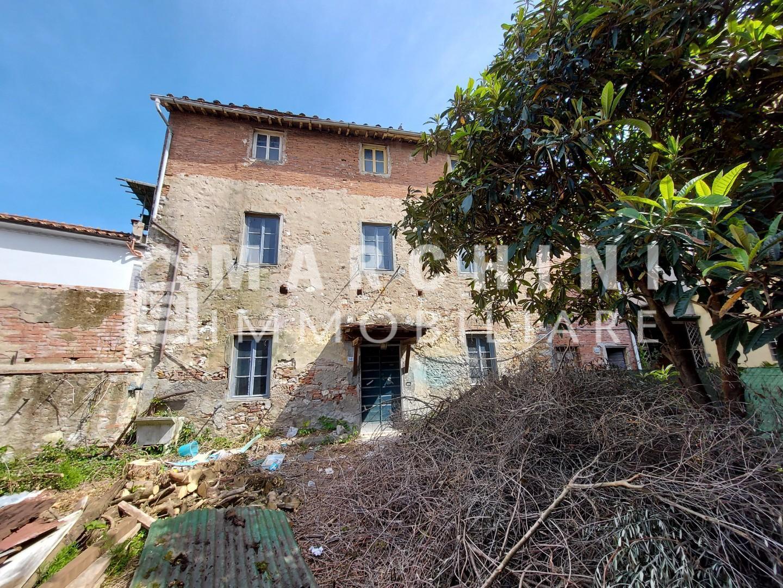 Colonica in vendita a Lucca