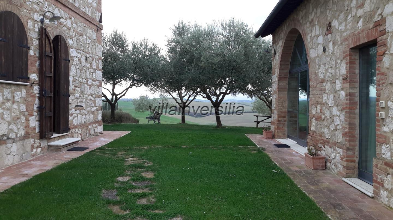 Foto 2/15 per rif. V 272021  agriturismo Toscana