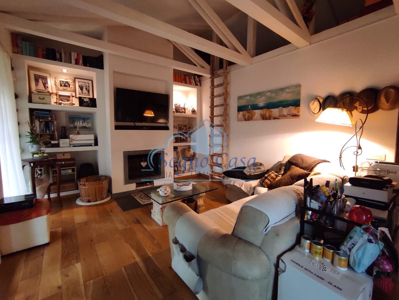 Casa singola in vendita, rif. 107107