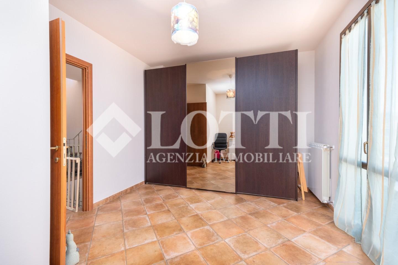 Villetta bifamiliare in vendita, rif. S1716
