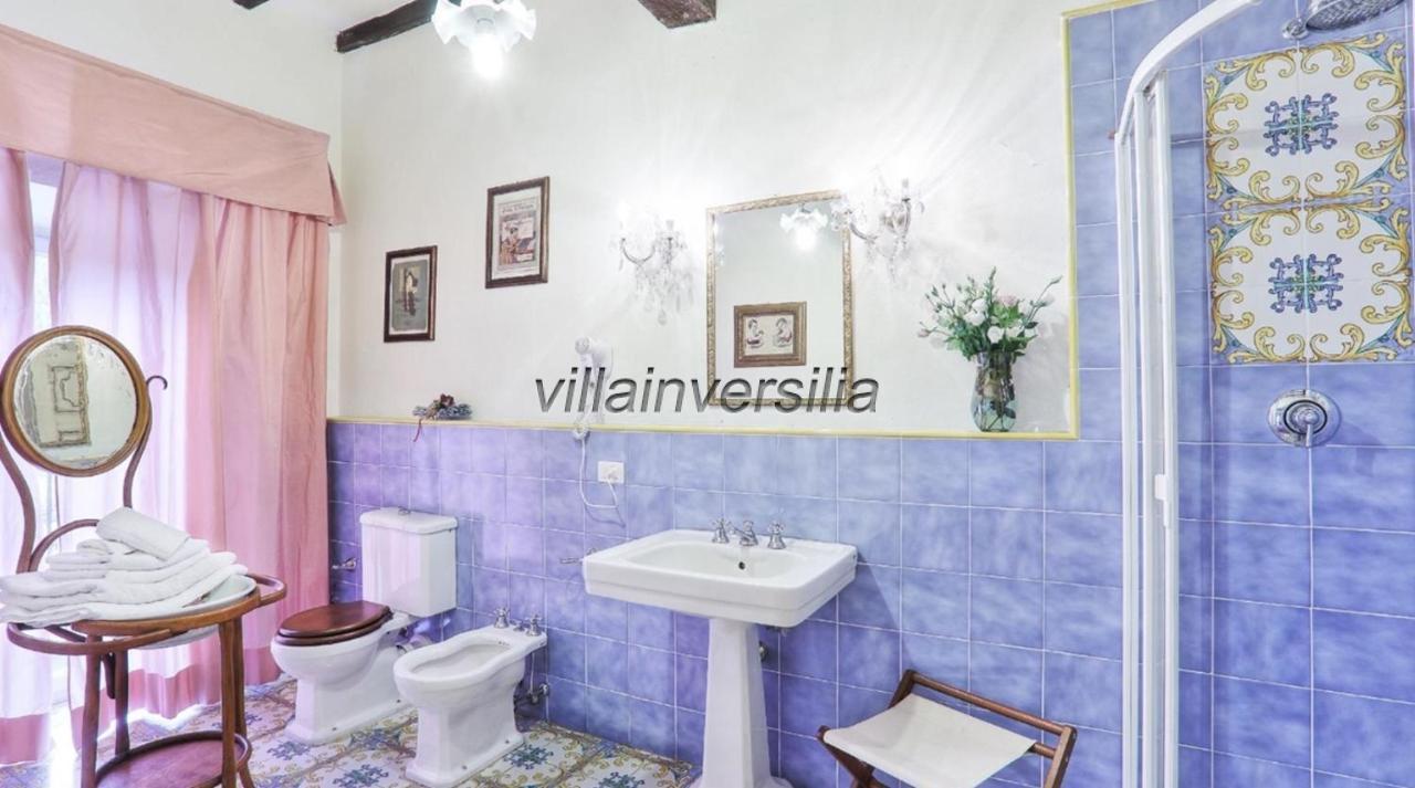 Foto 15/19 per rif. V312021 villa storica Versilia