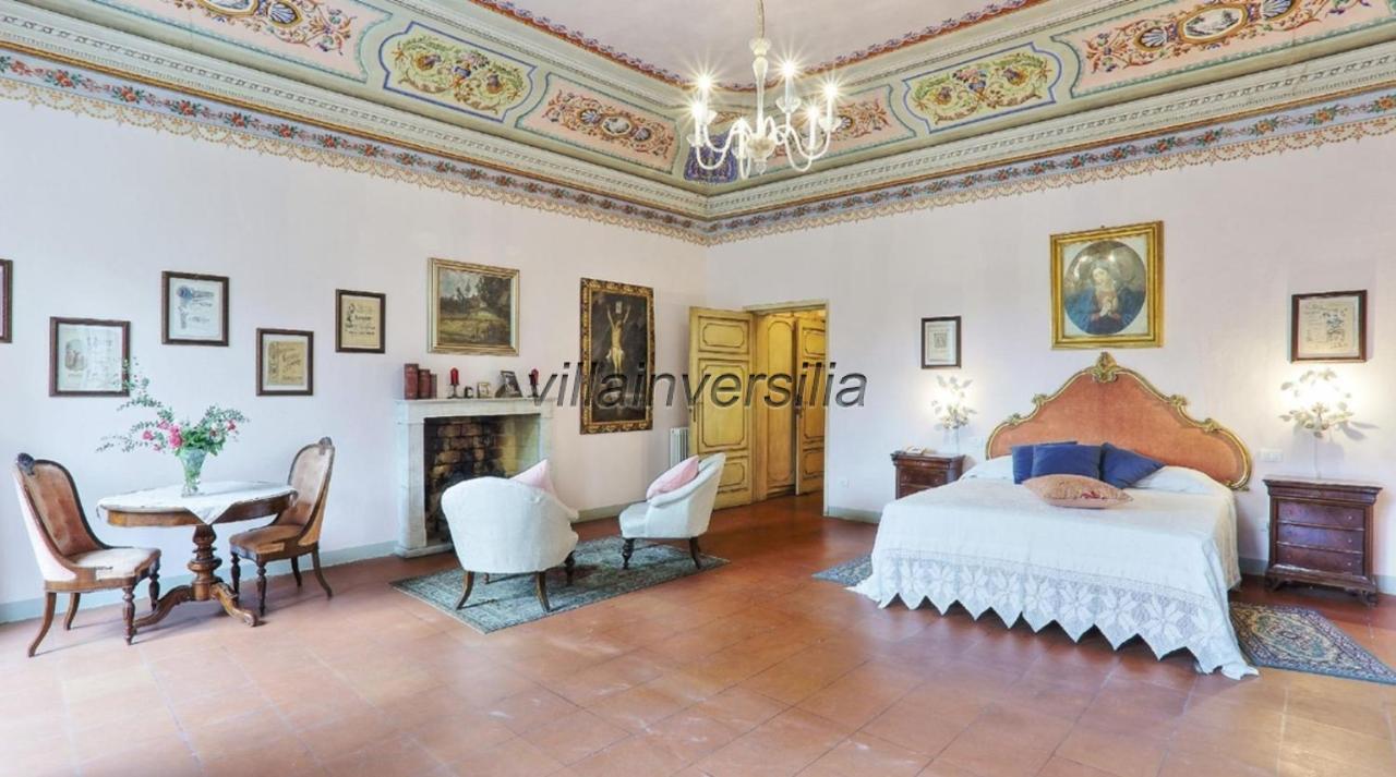 Foto 16/19 per rif. V312021 villa storica Versilia