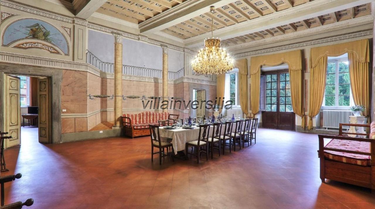 Foto 18/19 per rif. V312021 villa storica Versilia