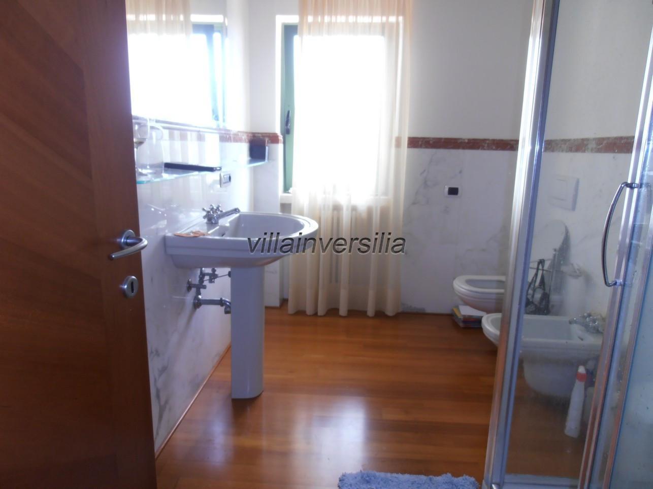 Foto 19/21 per rif. V 322021 villa piscina Versilia