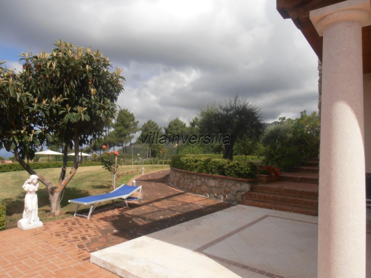 Foto 9/21 per rif. V 322021 villa piscina Versilia