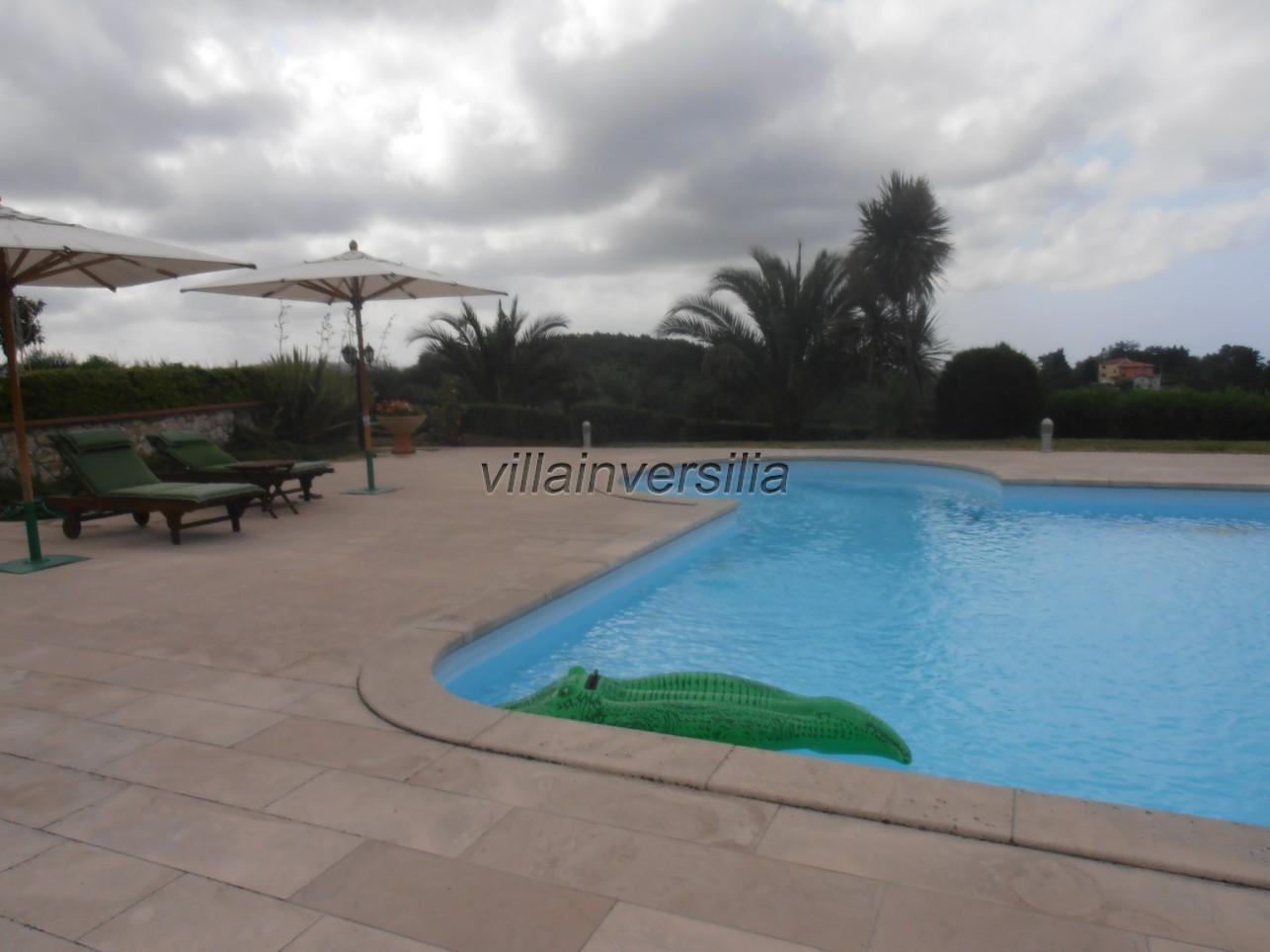 Foto 4/21 per rif. V 322021 villa piscina Versilia
