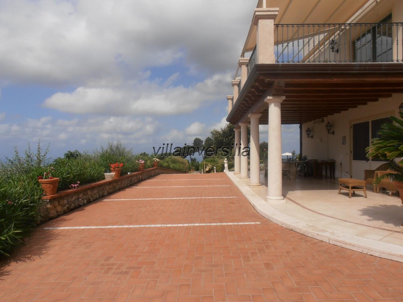 Foto 5/21 per rif. V 322021 villa piscina Versilia