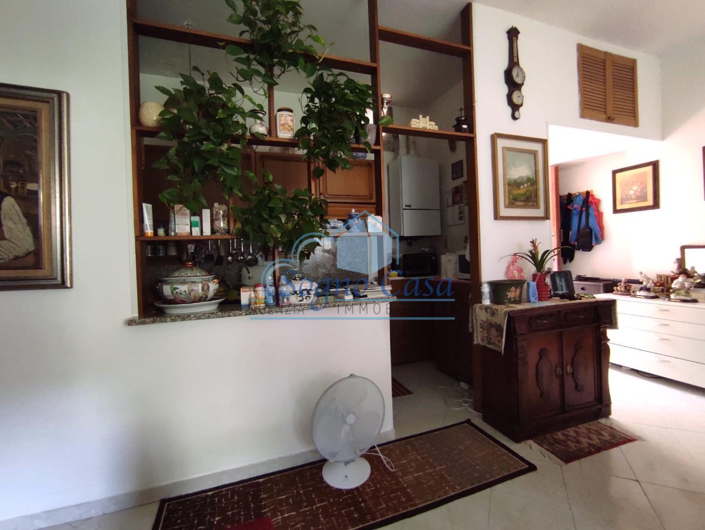 Appartamento in vendita, rif. 107111
