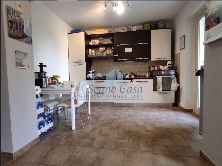 Appartamento in vendita, rif. 107119