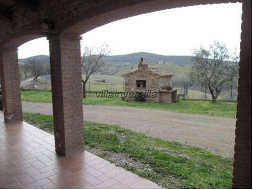 Foto 4/12 per rif. V 362021   casale Manciano