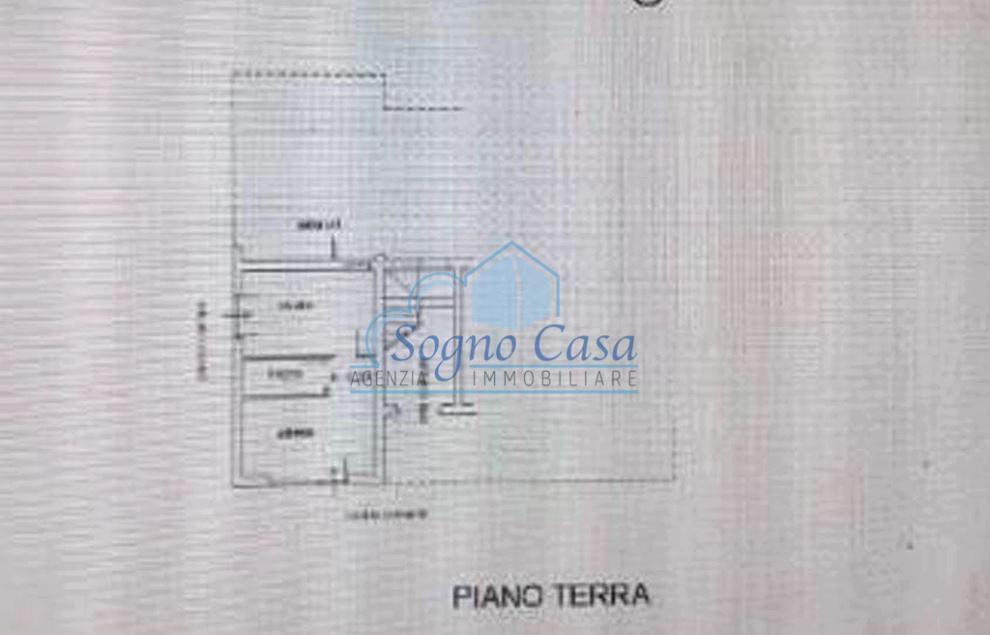 Locale comm.le/Fondo in affitto commerciale, rif. 107133
