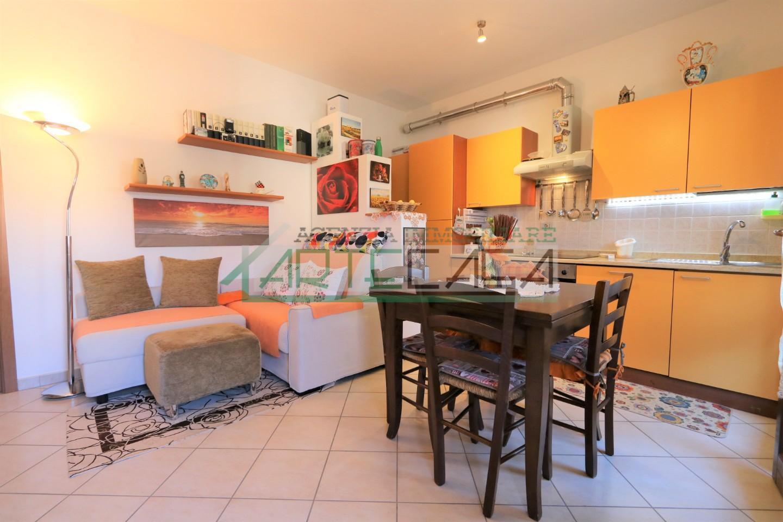 Appartamento in vendita, rif. AC7010