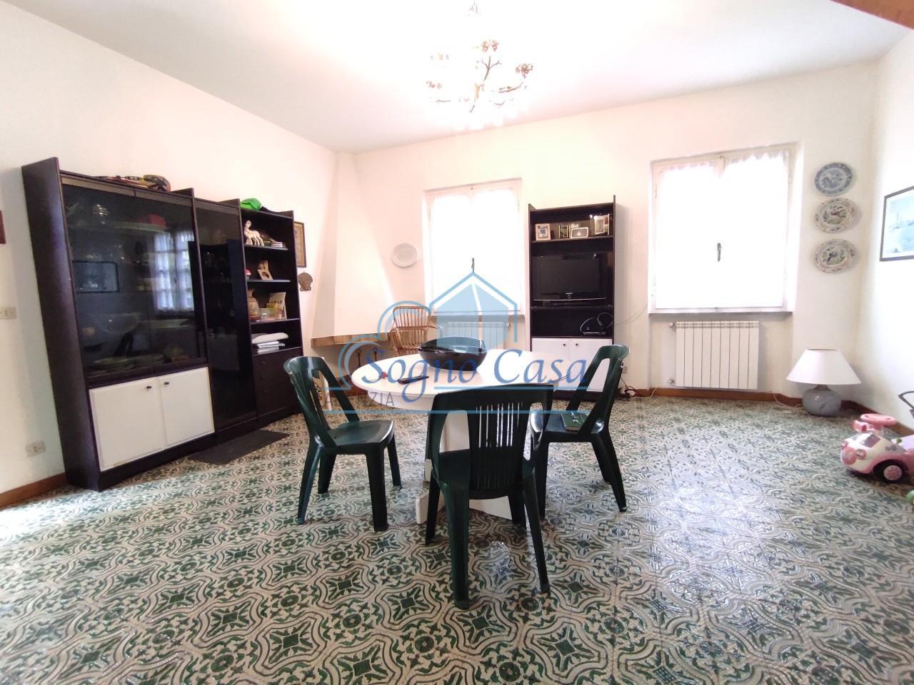Casa semindipendente in vendita, rif. 107147