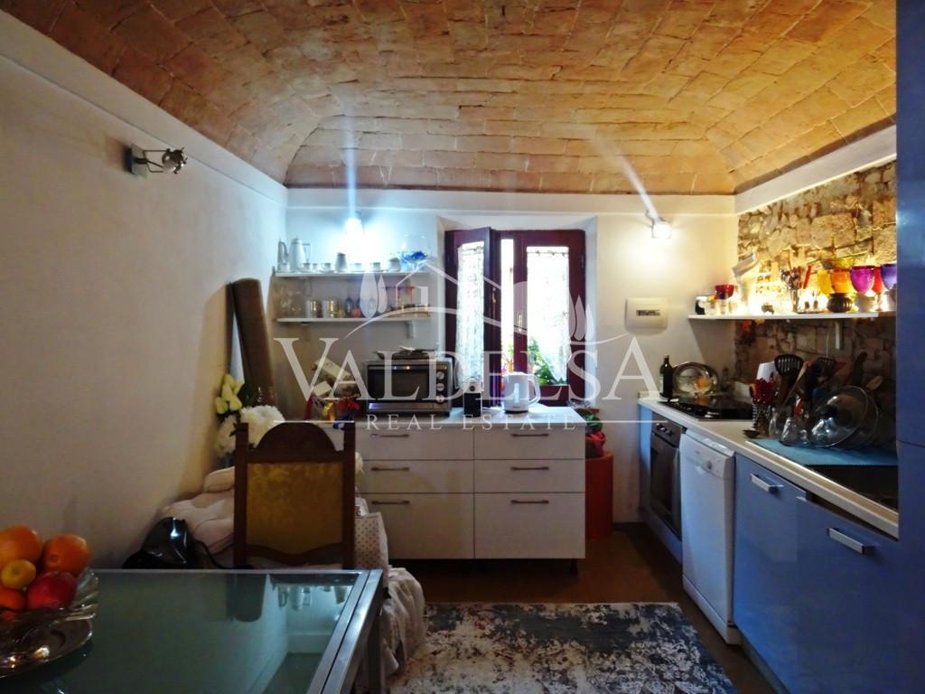 Appartamento in vendita, rif. 589