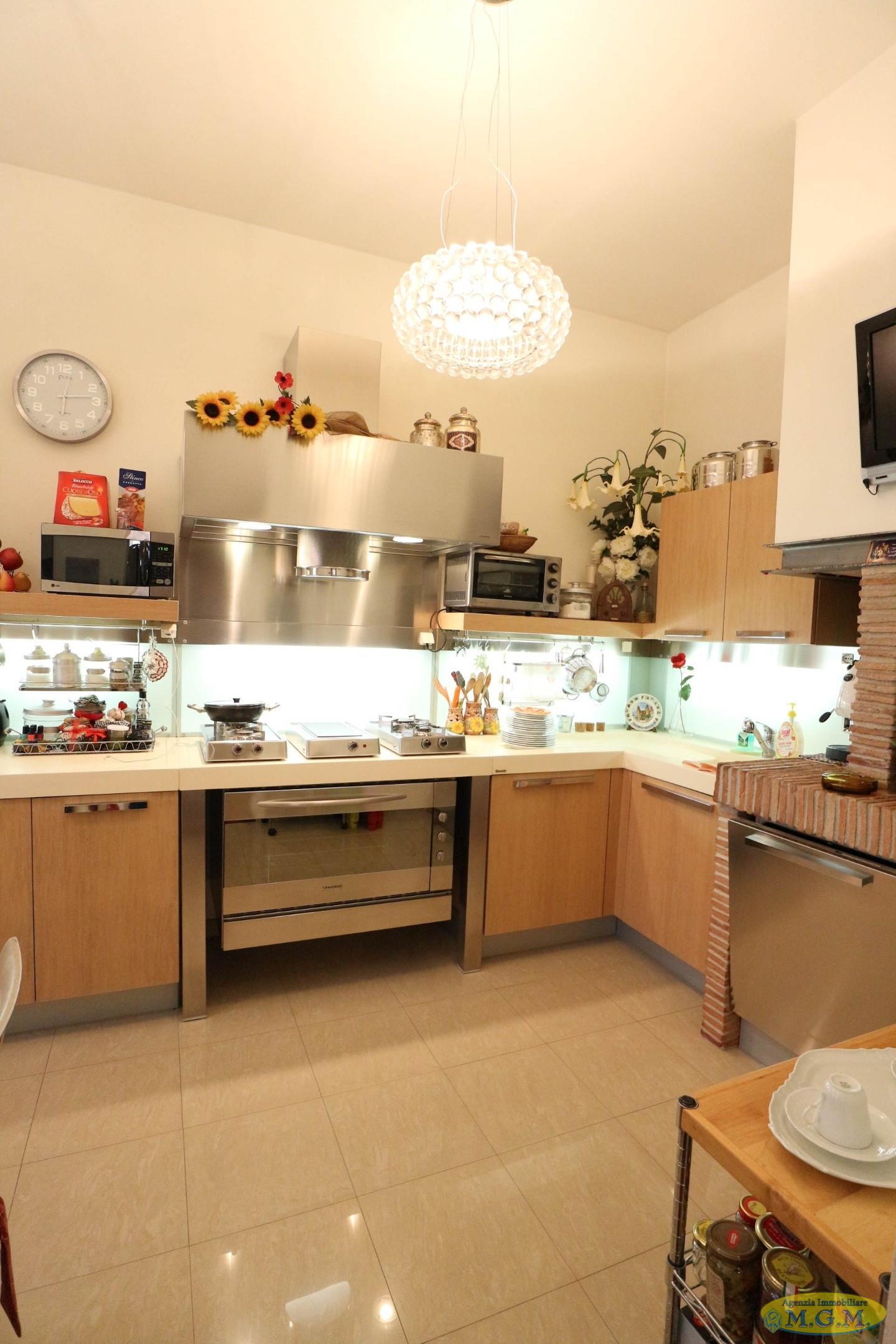 Mgmnet.it: Casa singola in vendita a Pontedera