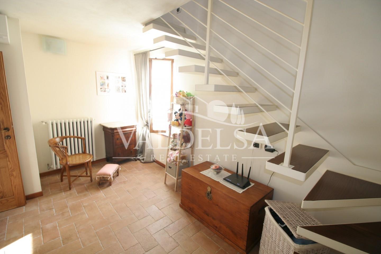 Porzione di casa in vendita, rif. SB281