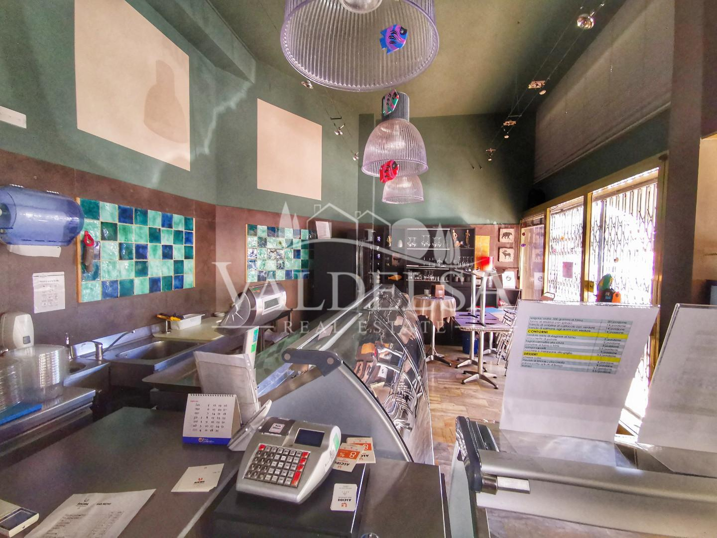 Business mall for commercial rentals in Poggibonsi (SI)