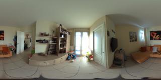 Foto 2/5  per rif. P/0130