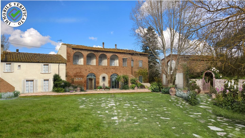 Farmhouse for sale in Ponsacco (PI)